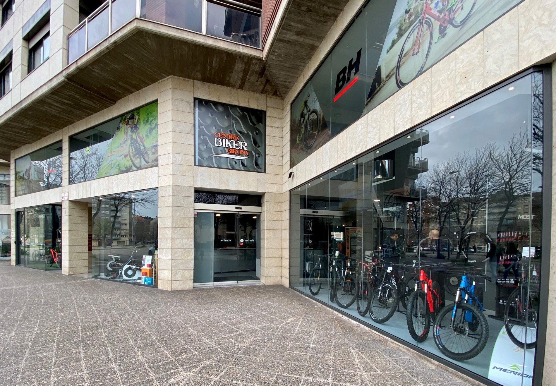 Botiga, exterior del Centre Biker