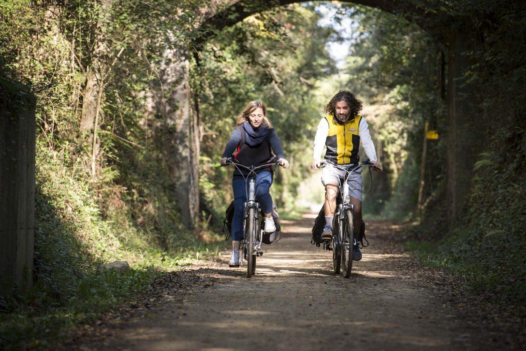 Cyclistes sur la Route du Petit Train I