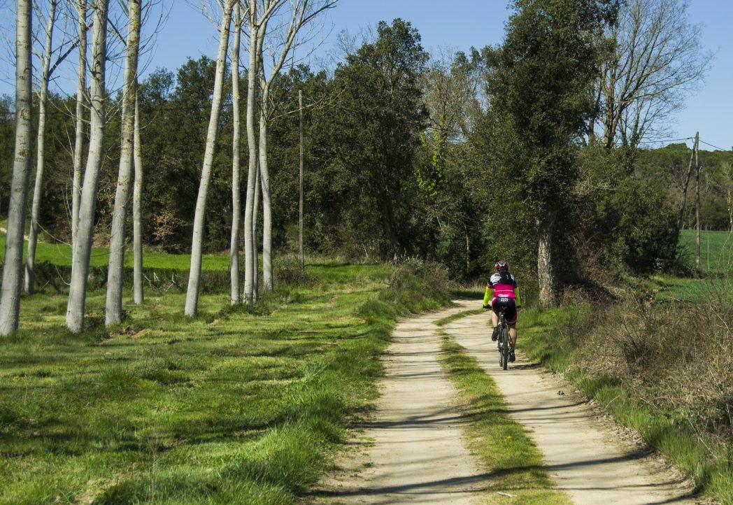 Cycliste sur le Route Thermale