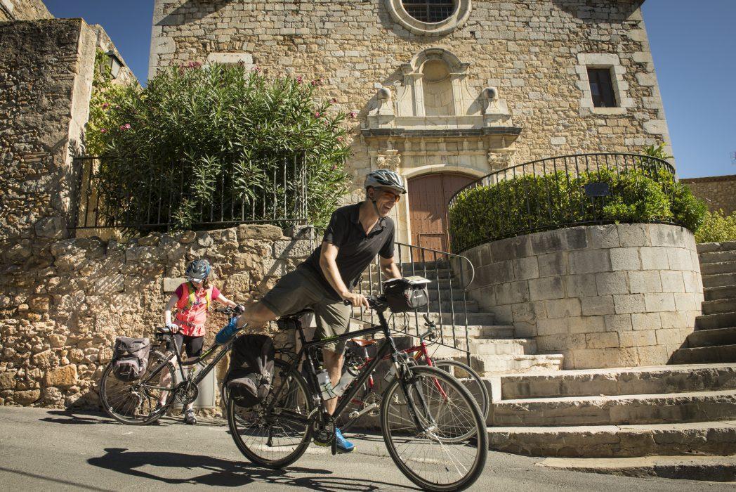 Ciclistas por el Baix Empordà