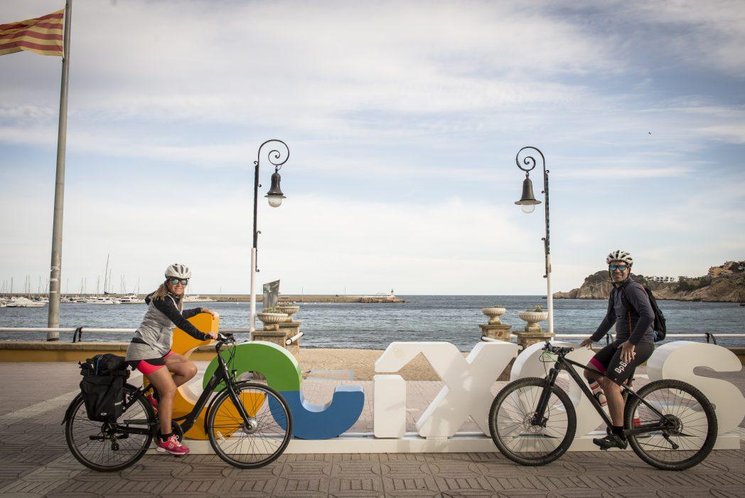 Ciclistes a Sant Feliu de Guíxols, ruta del Carrilet II