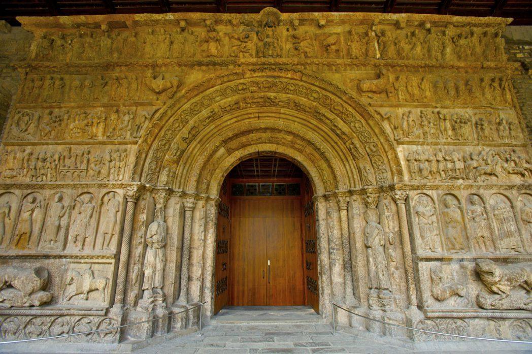 Portalada Monestir Santa Maria de Ripoll