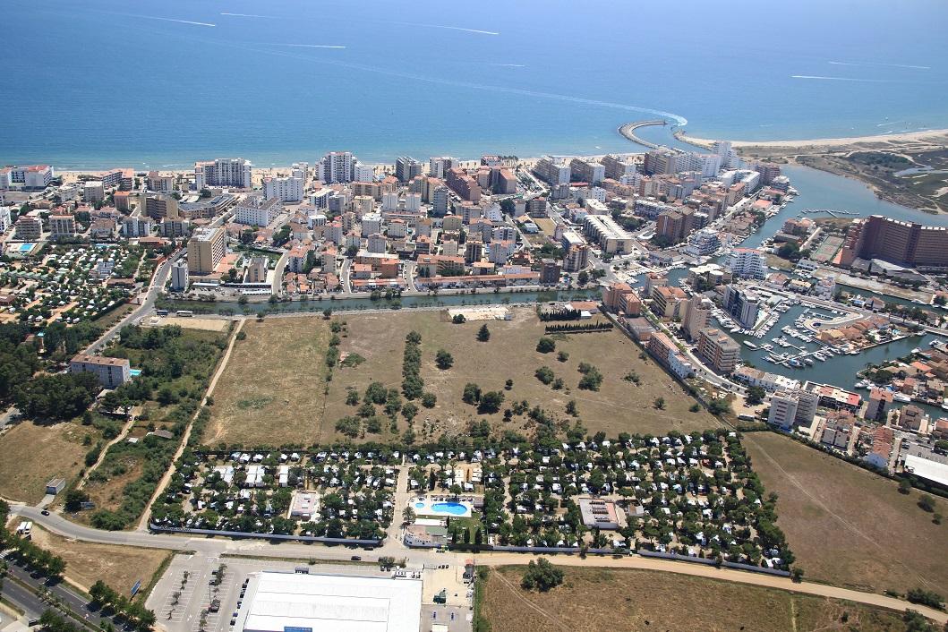Vue aérienne du Camping Rodas