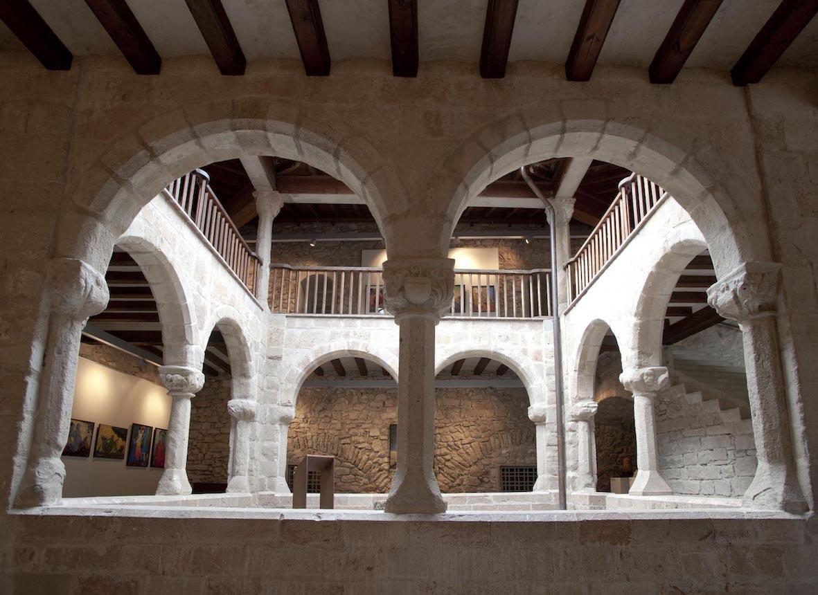Cloître du palais de l'abbaye