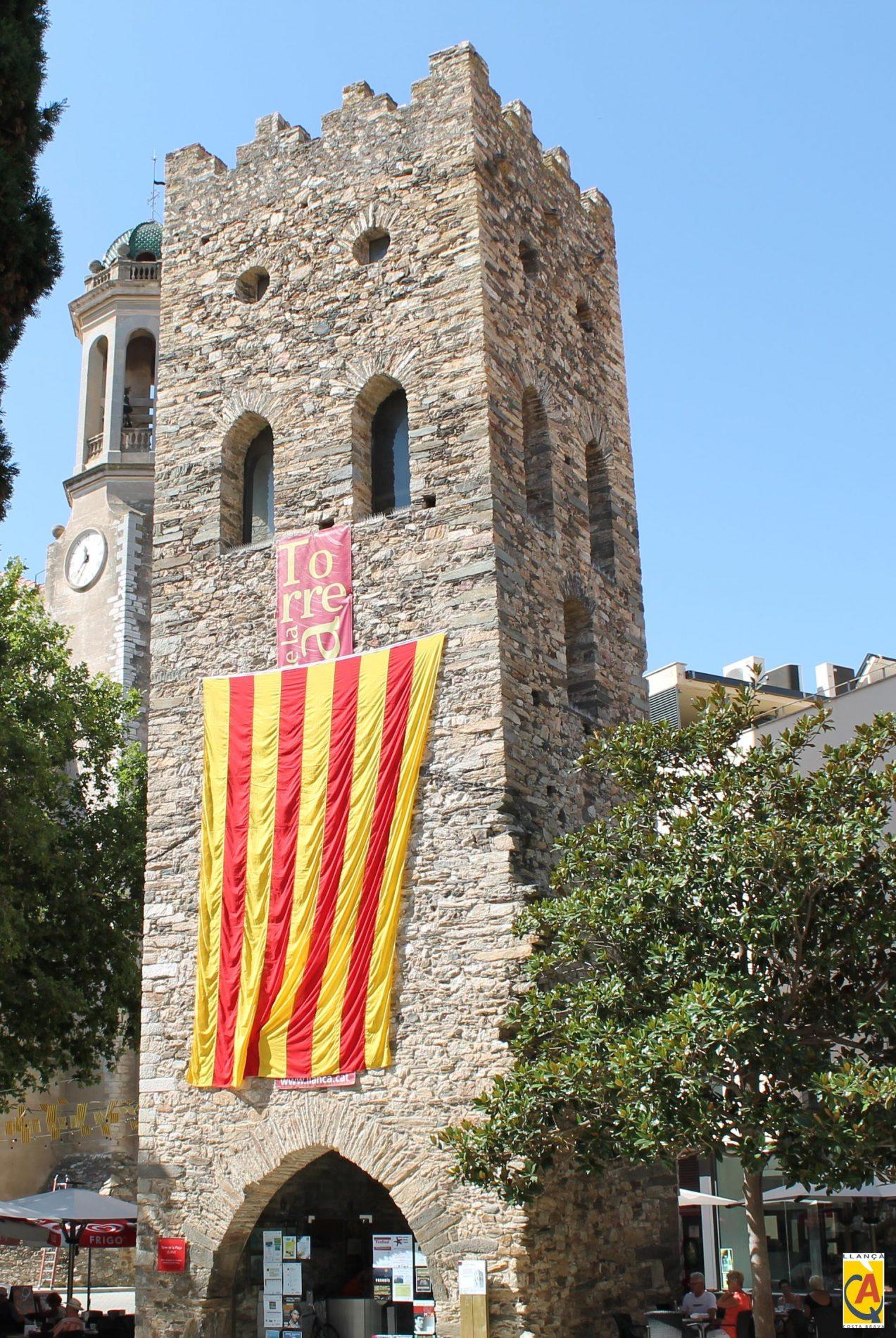 Torre Romànica de l'església de Llançà