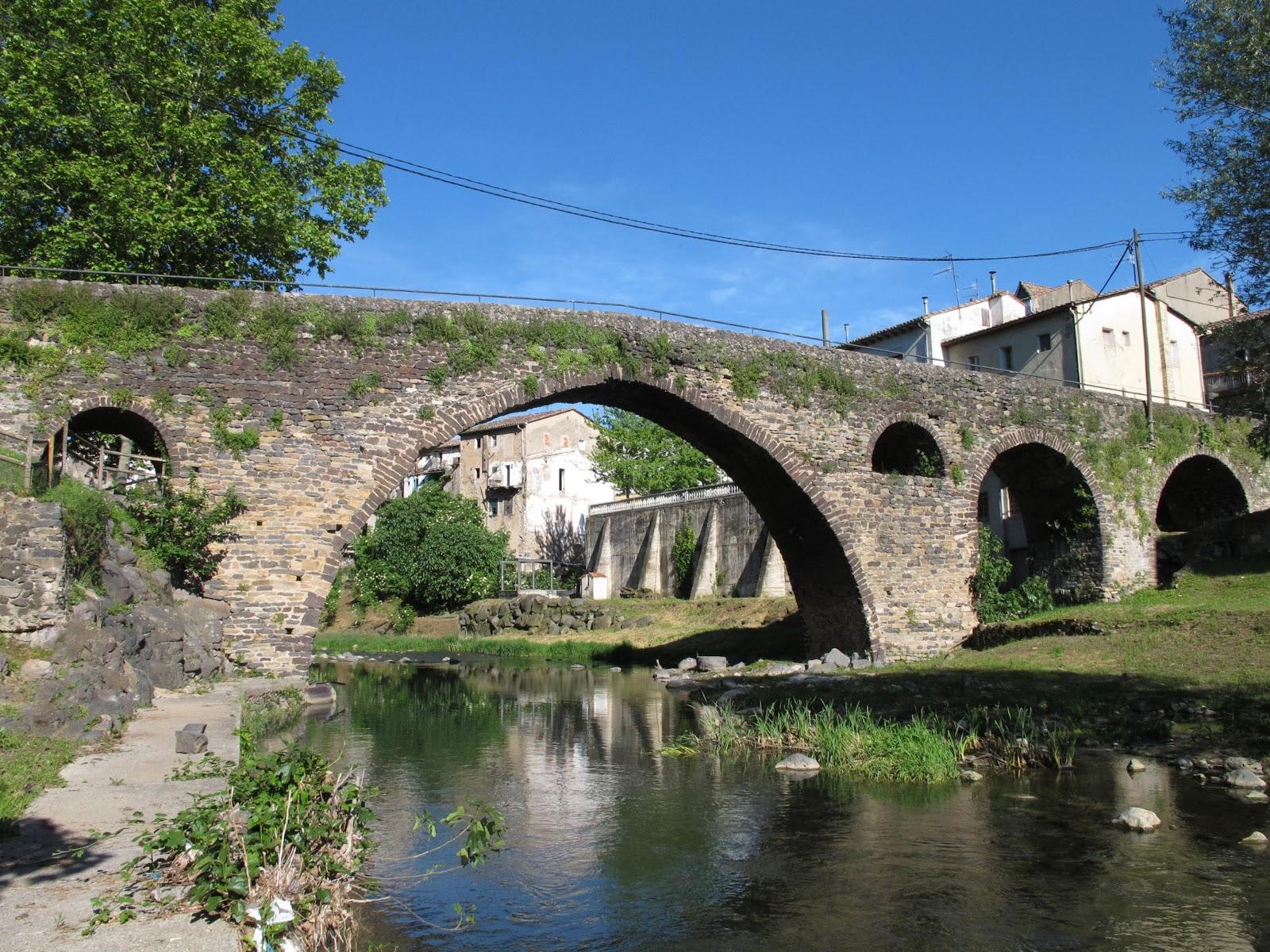 Pont medieval de Sant Joan de les Fonts