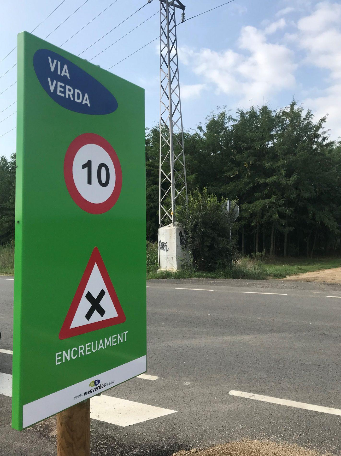 senyal a la via verda, avís d'encreuament