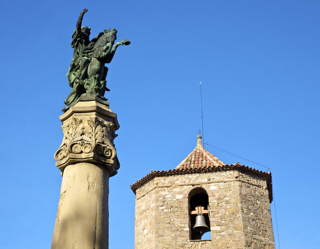 Monument au comte Arnau