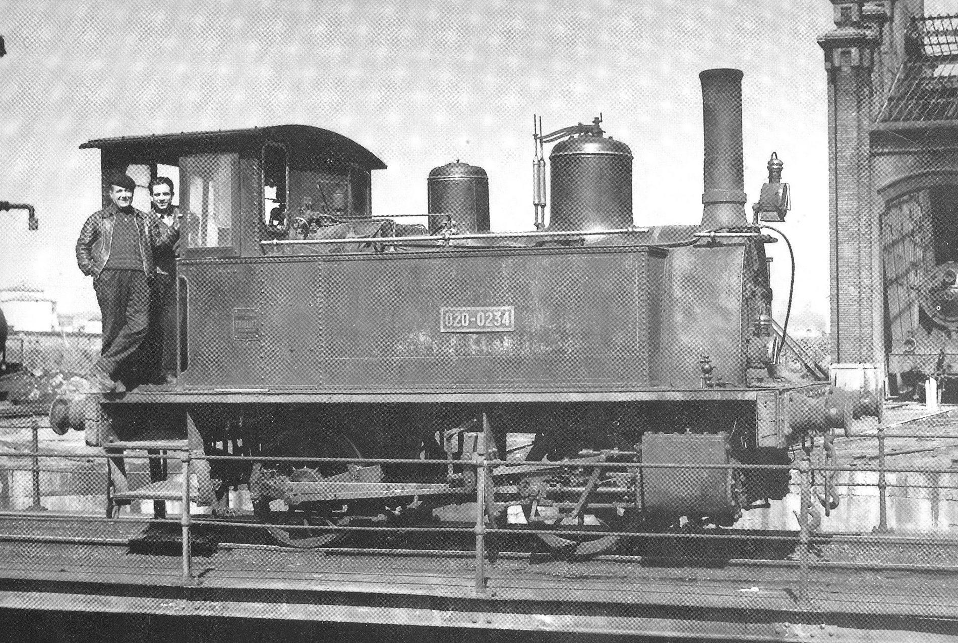 Dos homes en una locomotora